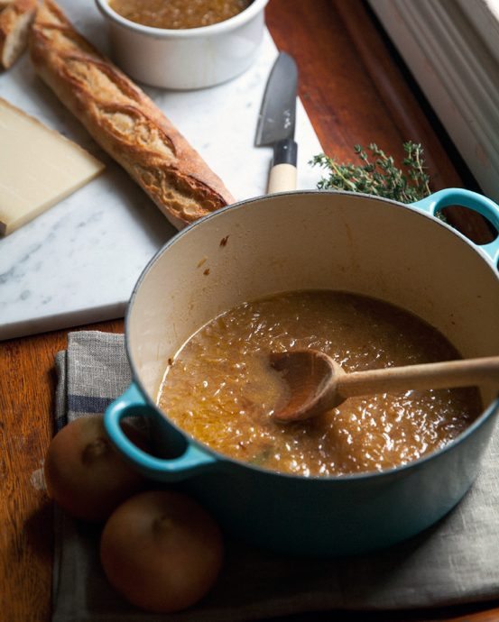 AP_HOMEMADE_FrenchOnionSoup_EL_16